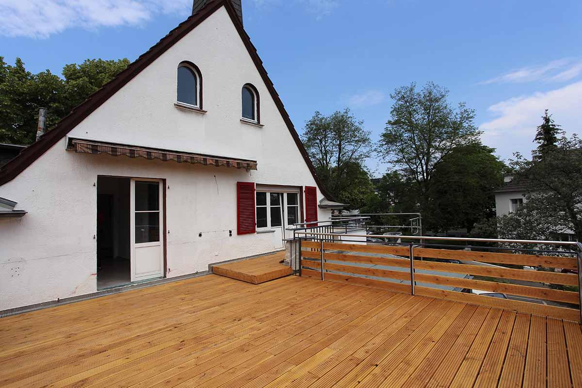 LUBIG Immobilien - Exposé - Stilvolle Villa mit hochmodernem Design
